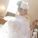 ドレスのような白無垢掛下姿